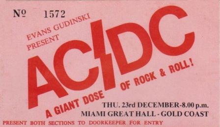 1976 12 23 aus gold coast miami high school great hall highway to acdc le site. Black Bedroom Furniture Sets. Home Design Ideas