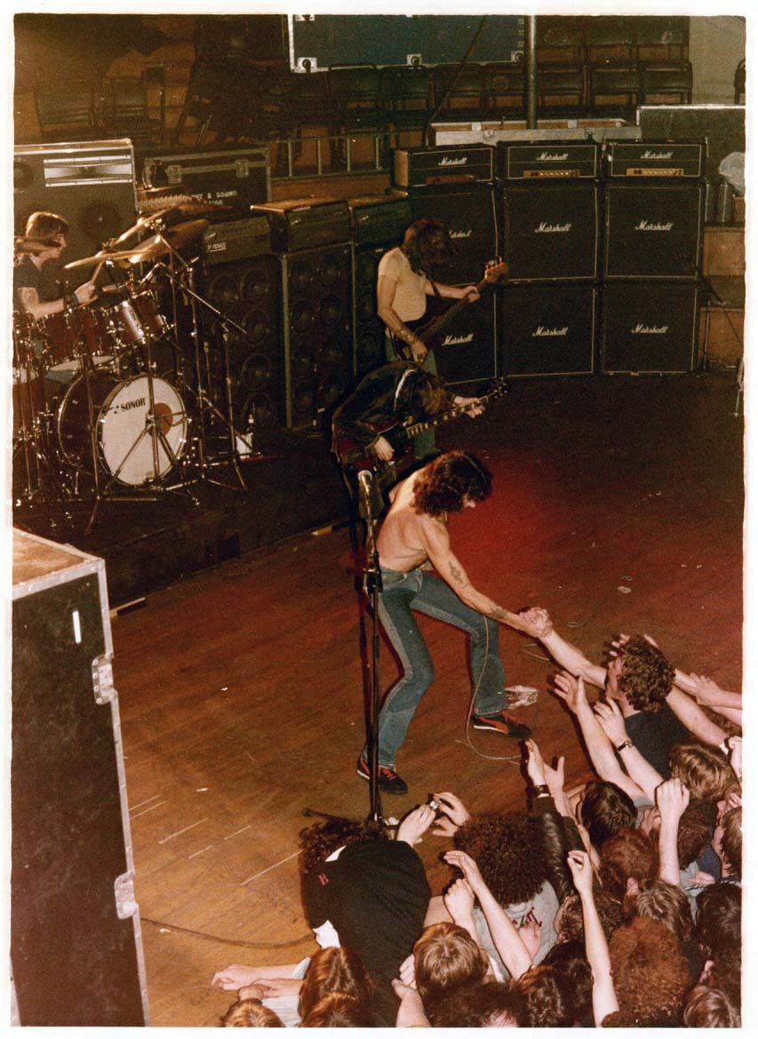 19790823 irl belfast ulster hall highway to acdc